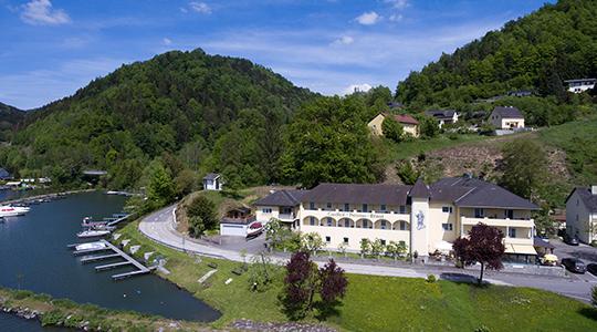 Gasthof - Landhotel Ernst ***